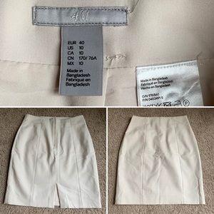 High-waisted White Skirt